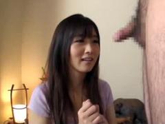 激カワお姉さんが肉棒に恥ずかしがりながらも相互オナニー