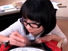 集中力アップのためにフェラ抜きしてくれる個別指導塾の女講師