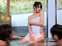 【無修正】オヤジ客でにぎわう温泉でグラドルがタオル一枚でレポートw