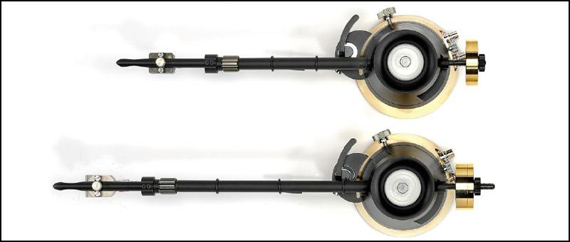 twoarms-800-2.jpg