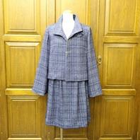 14なか紺ニットスーツ1