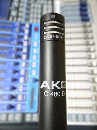 akgc480b61.jpg