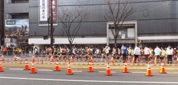 DSCF4821フルマラソンスタート直後