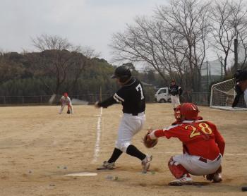 DSCF51206q小田も一二間打を放ち2対3に詰め寄る