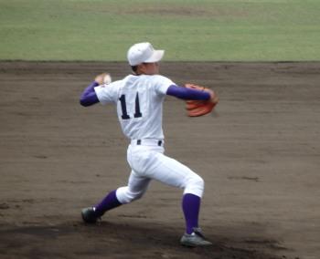 P4190087東福岡先発