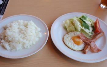 P5080051ジョイフル朝食二