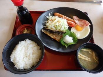 P5270478ジョイフル朝食519円