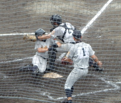 P71415505回裏多良木本村の左前打で二走の祝が生還