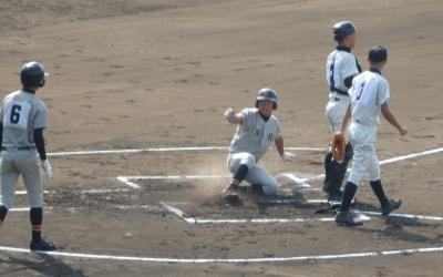 P91628061回表勝田の左前打で二走下村生還