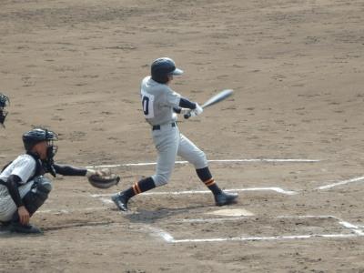 P9162963芦北8回表2死二塁から9番谷口が二塁内野安打