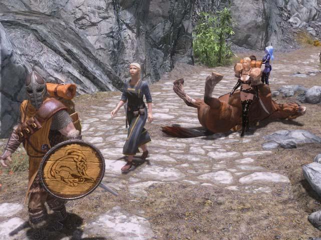 歩いてたら馬が・・・
