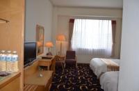 西湖渡假大飯店の4人部屋140825