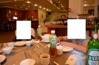 料理を待つ餓鬼140825