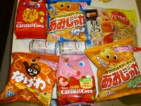 台湾ダイソーで買った東鳩お菓子140531