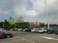 麗寶樂園の駐車場は日本車でいっぱい140826