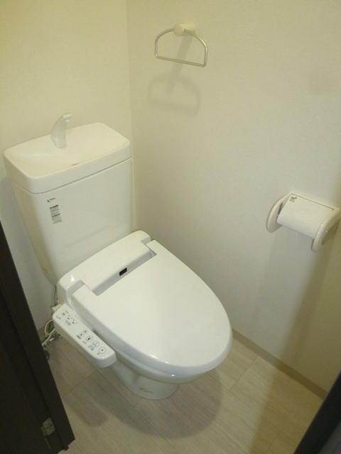 鹿児島市鴨池2丁目賃貸マンションのトイレ