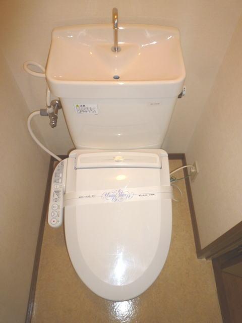 鹿児島市高麗町賃貸マンションのトイレ