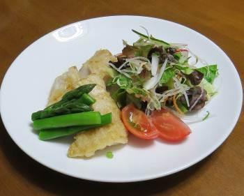 アスパラと肉と野菜サラダ