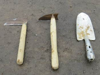 除草用小農具