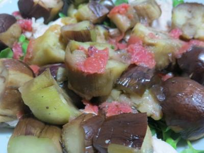 焼き茄子とささみの梅肉ソース