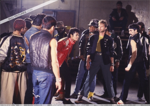 Beat-it-michael-jackson-7160196-1200-848.jpg