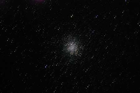 M22 いて座 球状星団