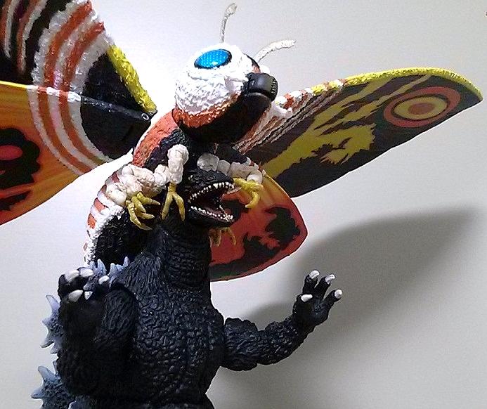 モンスターアーツ モスラ(成虫)8
