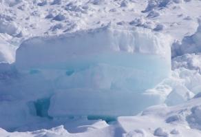 ブルーの流氷