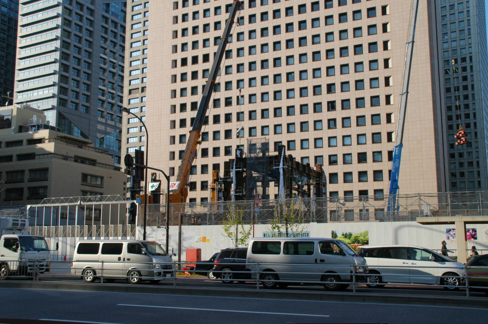 shinbashi13040204e.jpg