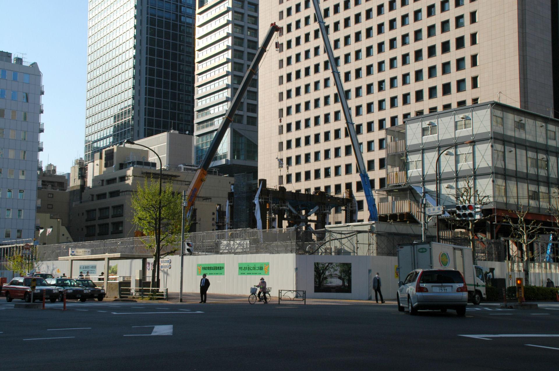 shinbashi13040210e.jpg