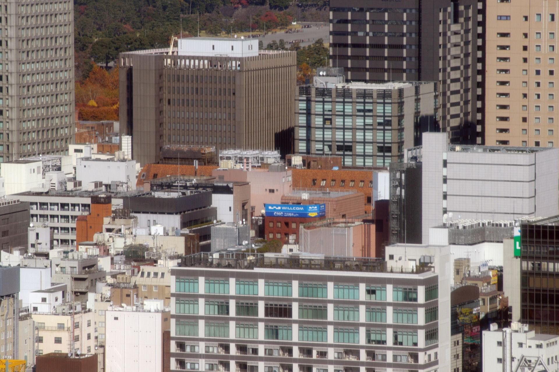 shinbashi13110004e.jpg