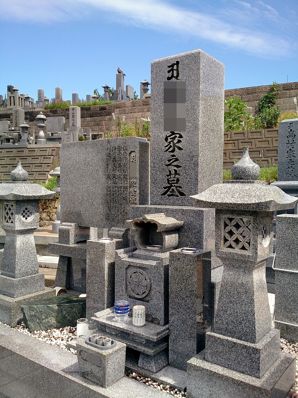 TombWashing_20140811-02.jpg