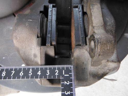 w109_018_rearcaliper6.jpg