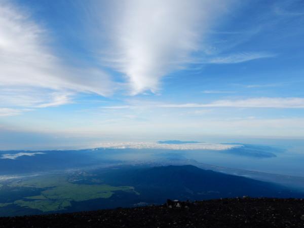 富士山頂より伊豆半島