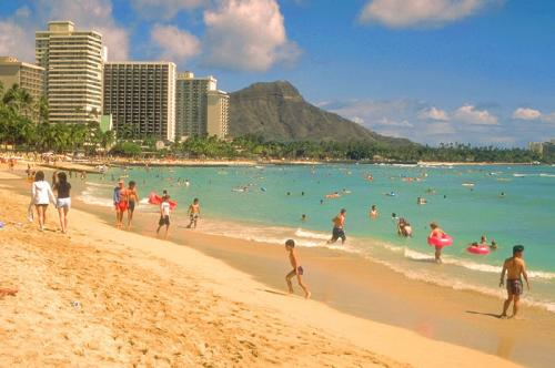 1999_-_Waikiki_Beach_Honolulu_Hawaï_convert_20140406004840