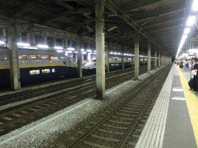 全車二階列車の連結