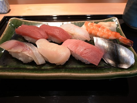 lunchsushigen04.jpg
