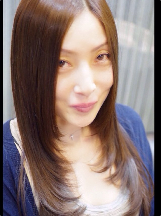 iPhone700.jpg