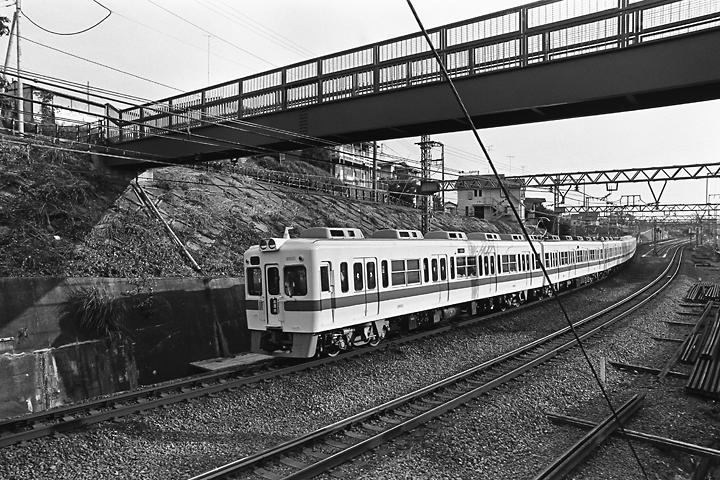 198504百合ヶ丘-新百合ヶ丘間_002