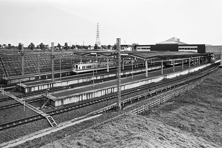 198504新百合ヶ丘駅_001