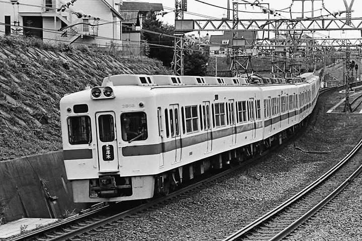 198505新百合_2600形