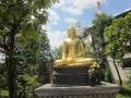 ド派手な仏像