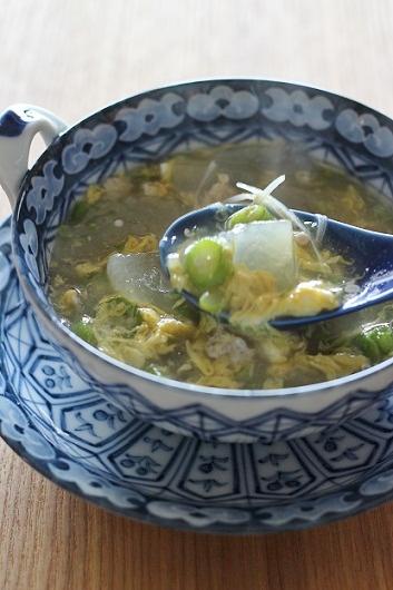 冬瓜とおくらの卵スープ