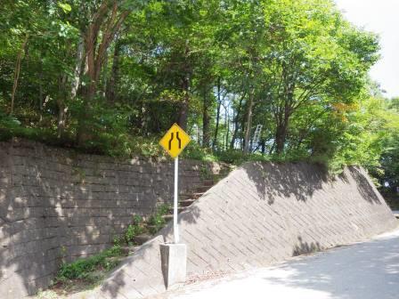 IMGP1500 登山道入り口