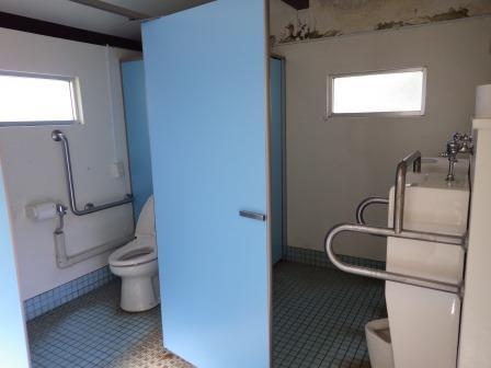 IMGP1613 男性トイレ