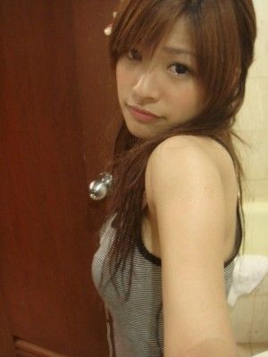 girl027.jpg