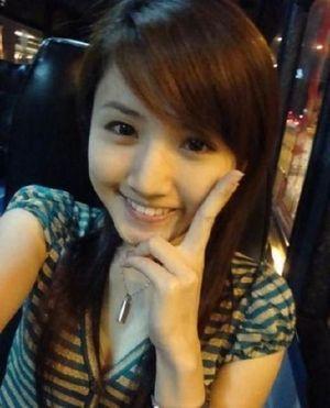 girl041.jpg