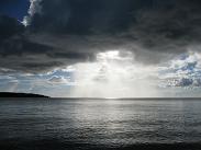 暗雲消え去り